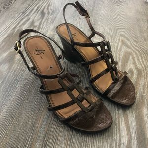 LIFE STRIDE | Copper Maze Wedge Sandals